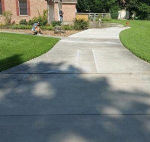 Concrete Driveway Resurfacing Before Image